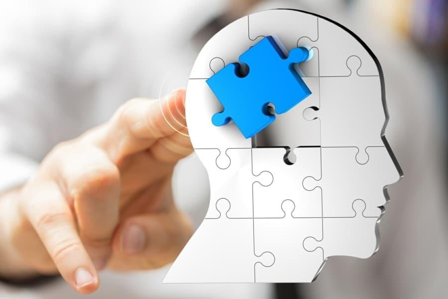 changing limiting beliefs programme - head with jigsaw piece metaphor