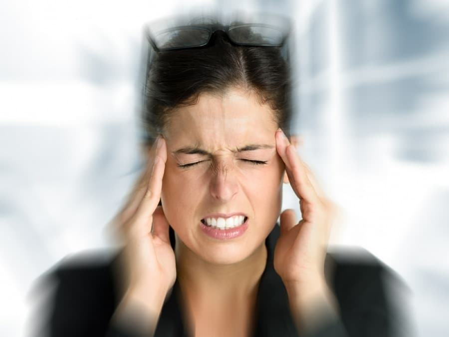 hypnotherapy for Panic Attacks wolverhampton - anxious woman holding head